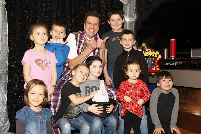 Group Photo Birthday Party Magician